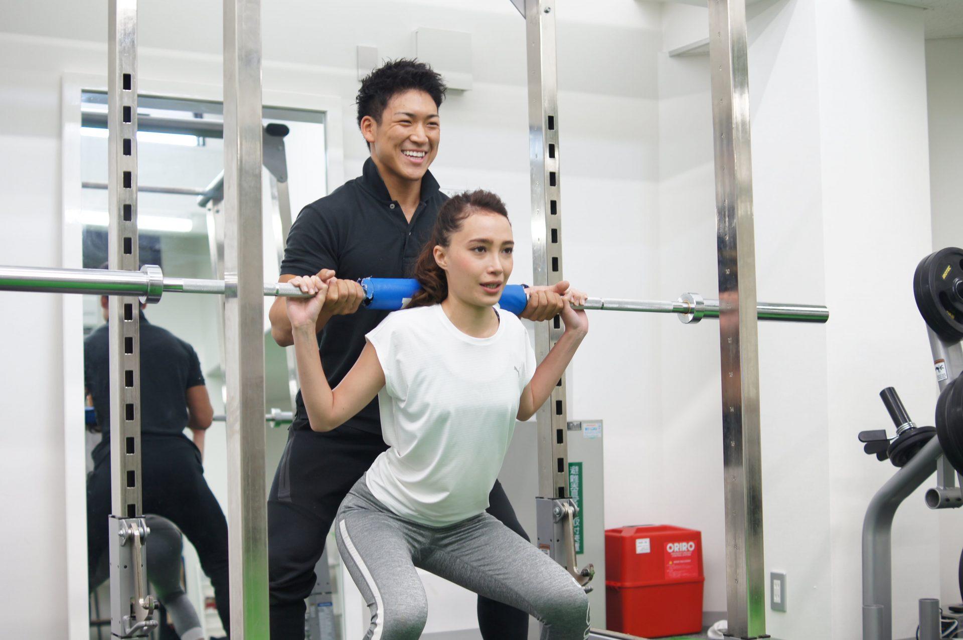 東京のパーソナルトレーニングジムASPIでのトレーニング風景